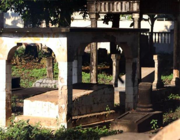 Destinasi Visit Bangka Belitung Kerkhof Menara Air Minum Kota Pangkalpinang