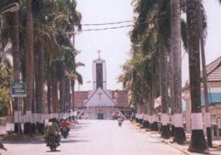 Wisata Rliligi Gereja Maranatha Bangka Belitung Tanahair Menara Air Minum