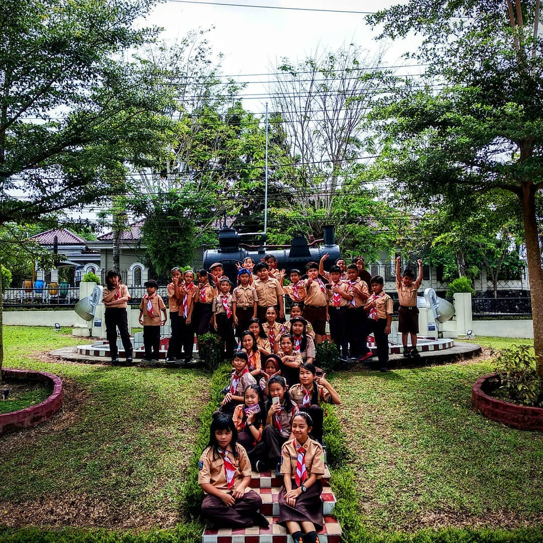Museum Timah Indonesia Photos Videos Pramuka Keren Belajar Teknik Kepramukaan