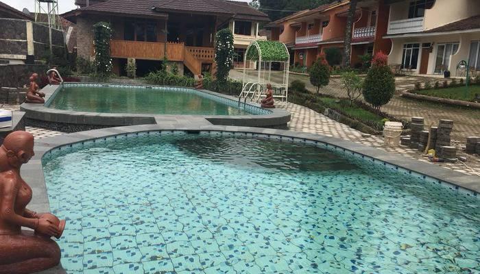 Hotel Pesona Ciwidey Booking Murah Mulai Rp347 107 Kolam Renang