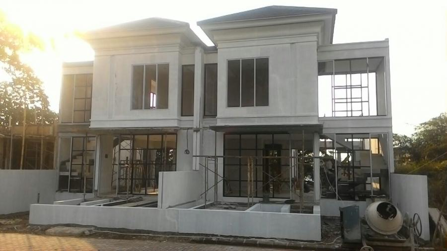 Rumah Dijual Mewah Kolam Renang View Gunung Salak Bogor Ri