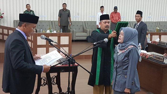 Sarifah Sofia Jadi Anggota Dprk Langsa Menggantikan Ilham Pangestu Kolam