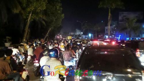 Goriau Om Macet Antrian Kendaraan Jalan Sudirman Arifin Ahmad Pekanbaru
