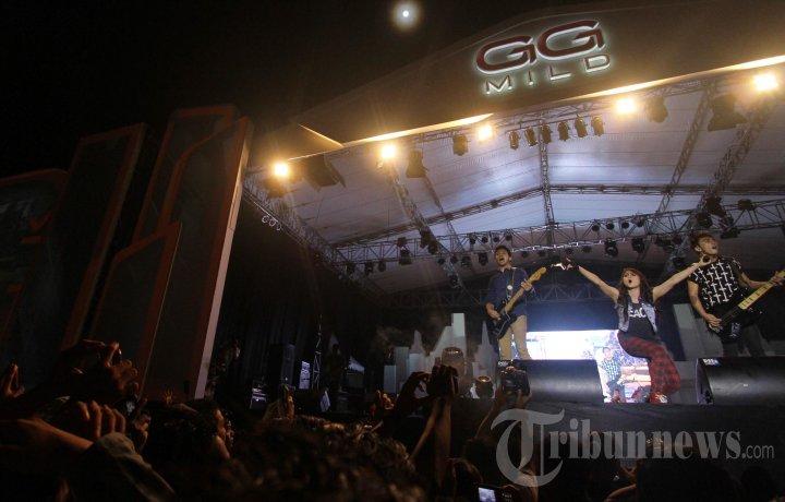 Konser Gigsteria Gg Mild Pekanbaru Foto 2 597132 Tribunnews 20130526