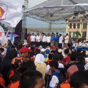 Ribuan Masyarakat Pekanbaru Tumpah Ruah Hadiri Kampanye Firdaus Riau Andalas