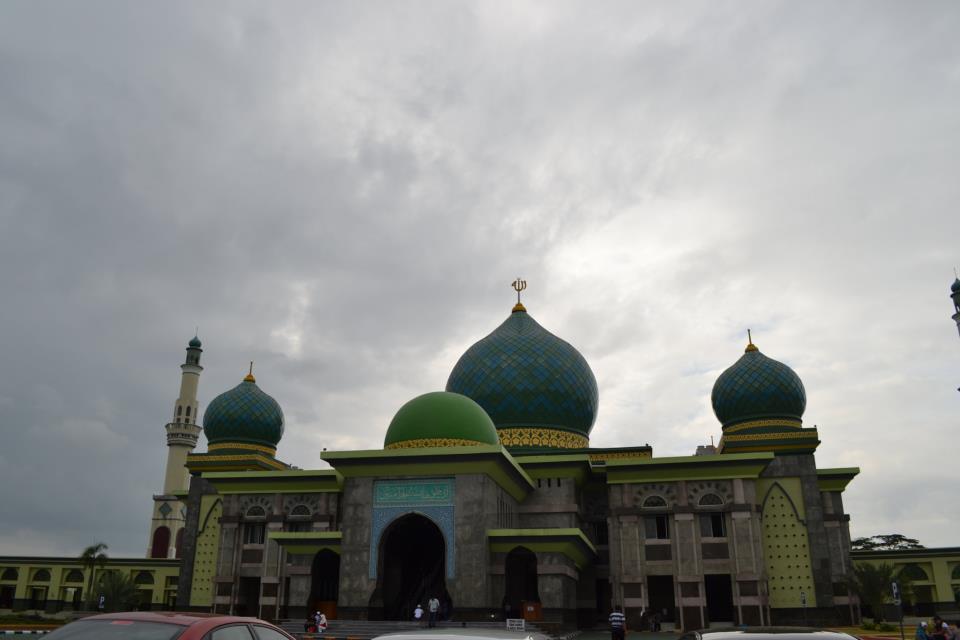 Cantikani Mayang Serungke Mesjid Agung Nur Pekanbaru Apakah Masjid Riau