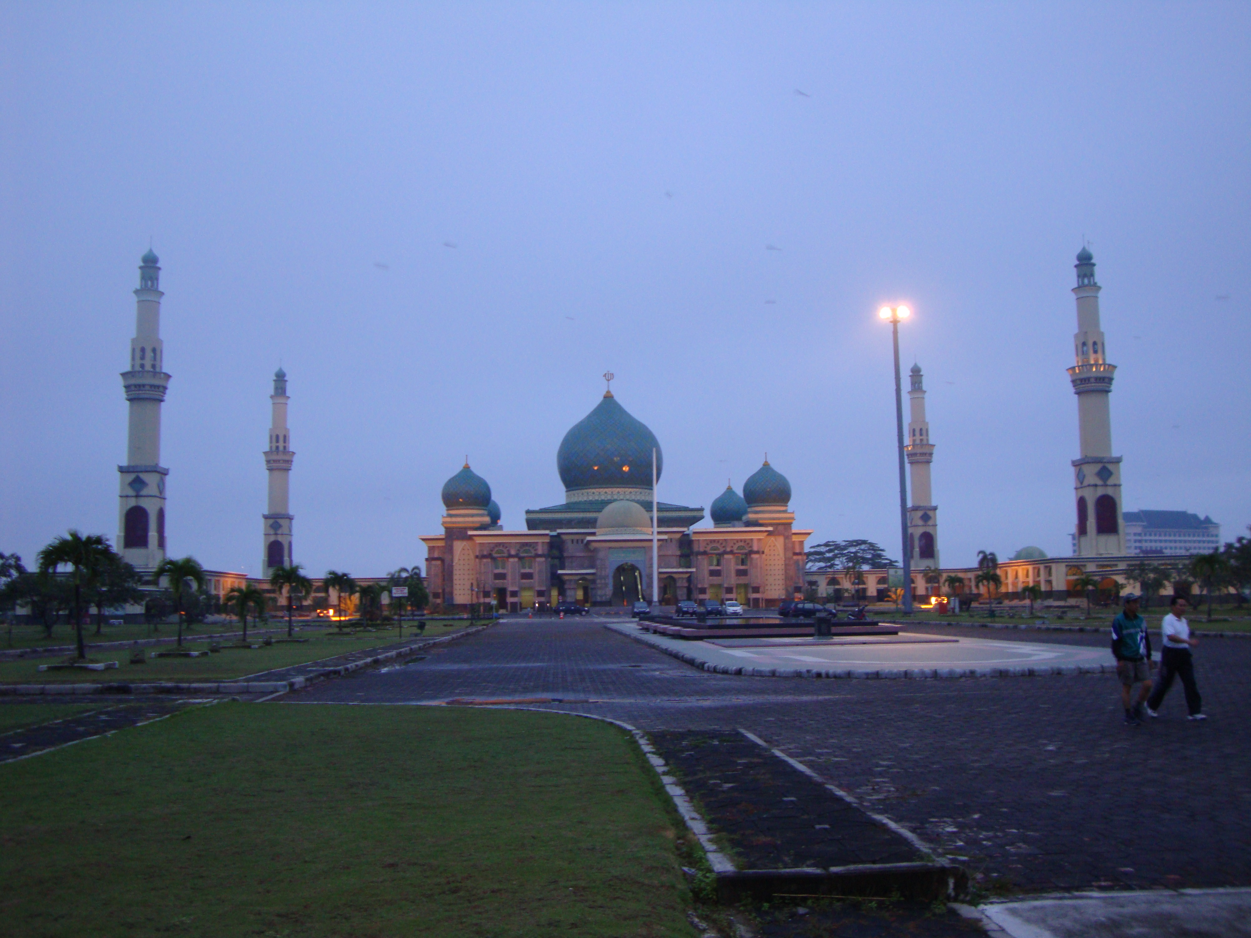 File Masjid Agung Pekanbaru Jpg Wikimedia Commons Nur Kota