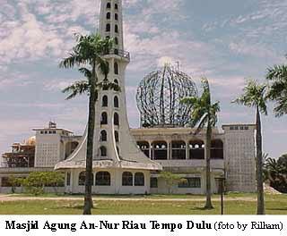 Info Riau Masjid Agung Nur Desain Modren Termegah Diposting Oleh