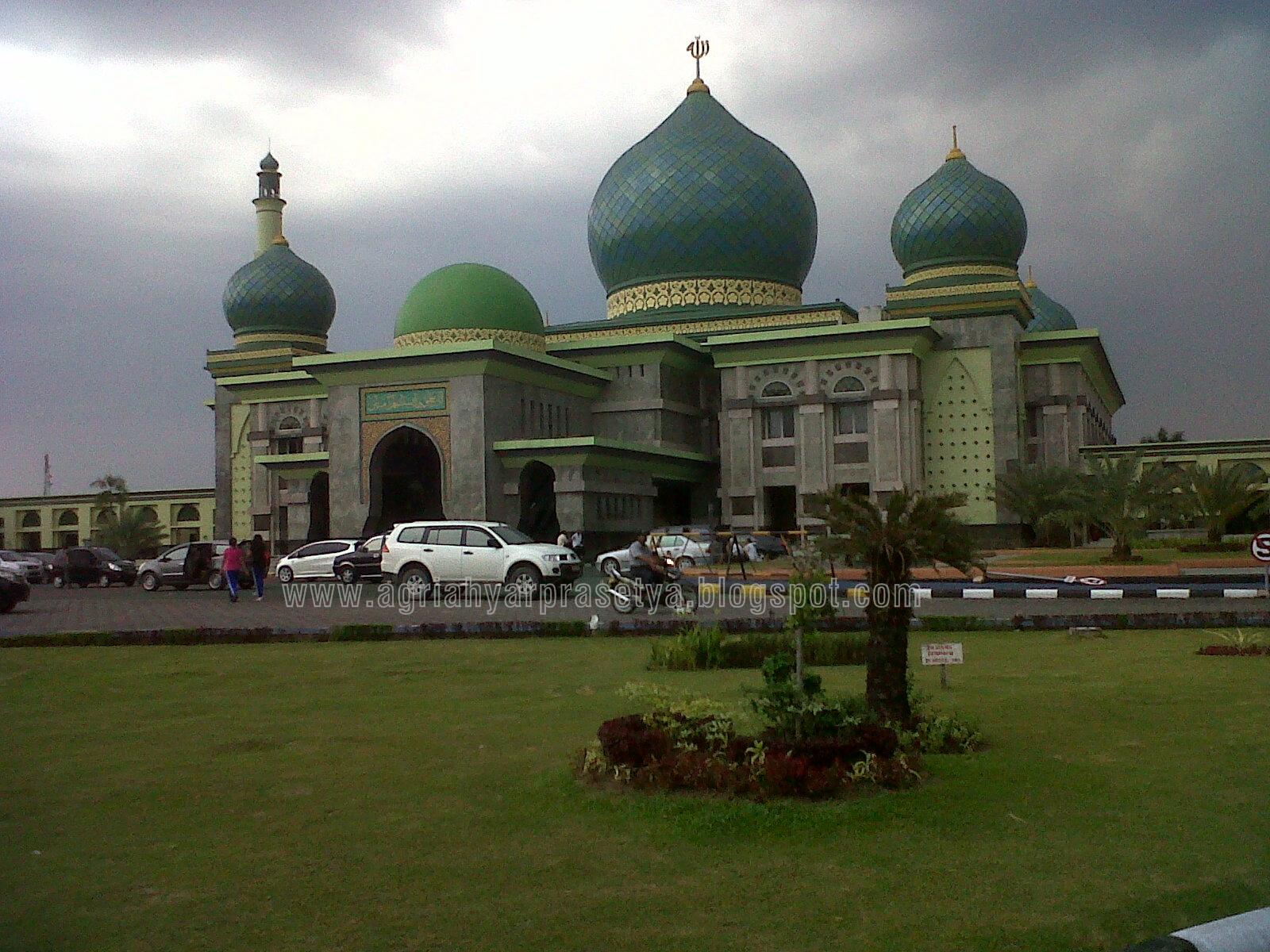Jalan Sore Masjid Agung Nur Yuk Agri Ahyar Prasetya Tinggal