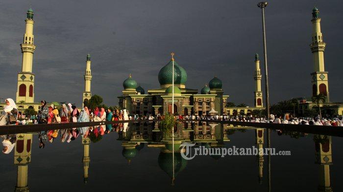 Malam Kajian Rutin Bersama Ustad Mustafa Umar Masjid Raya Nur