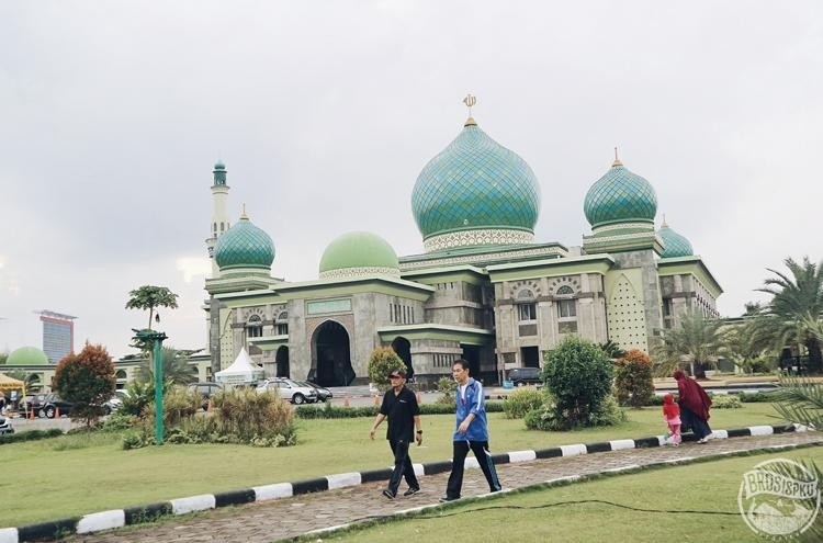 Masjid Agung Nur Keindahan Taj Mahal Ala Pekanbaru Brosispku Sejarahnya