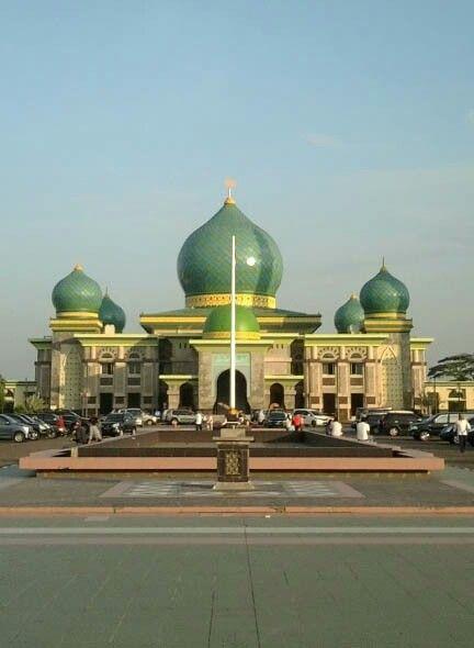 Masjid Nur Pekanbaru Indonesia Masjids Mosques Pinterest Agung Kota