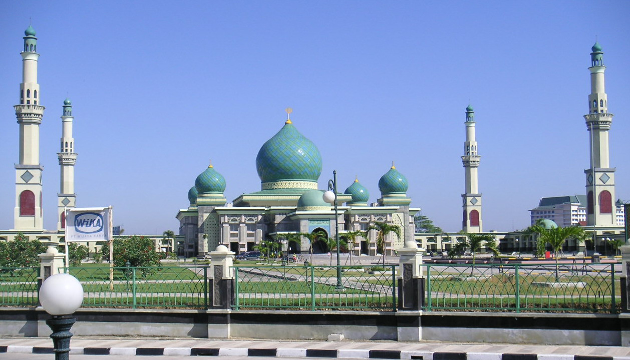 Mesjid Agung Nur Smile Ala Family Masjid Pekanbaru Kota