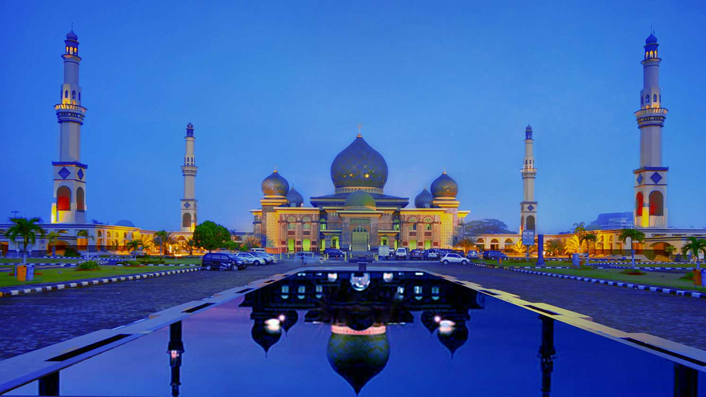 Nur Great Mosque Pekanbaru Indonesia Masjid Agung Kota