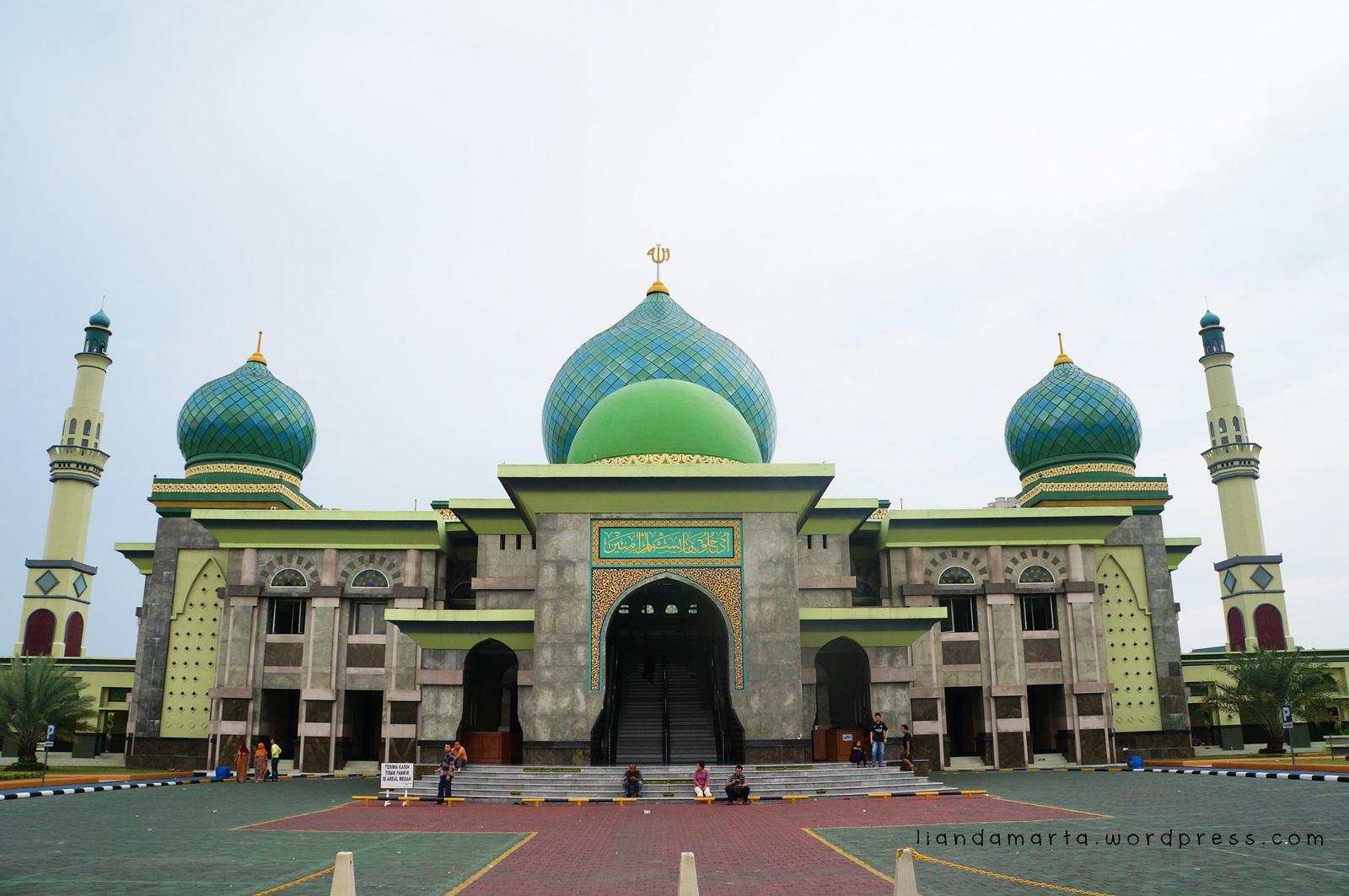 Wisata Rohani Masjid Agung Annur Riau Backpacker Jakarta Foto Liandamarta