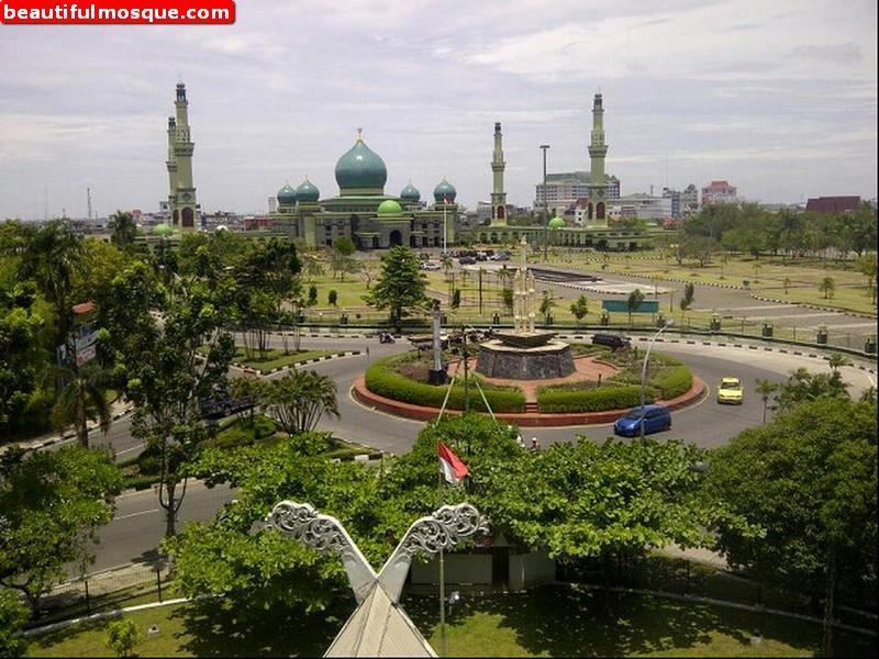 Beautiful Mosques Pictures Gambar Masjid Agung Nur Annur Raya Pekanbaru