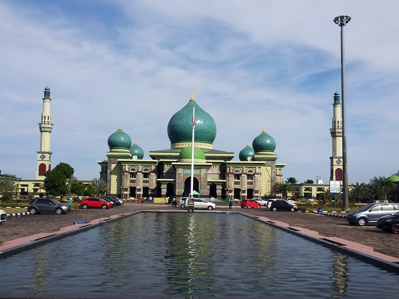 Berdiri Pusat Kota Masjid Raya Nur Jadi Kebanggaan Masyarakat Seperjalanan