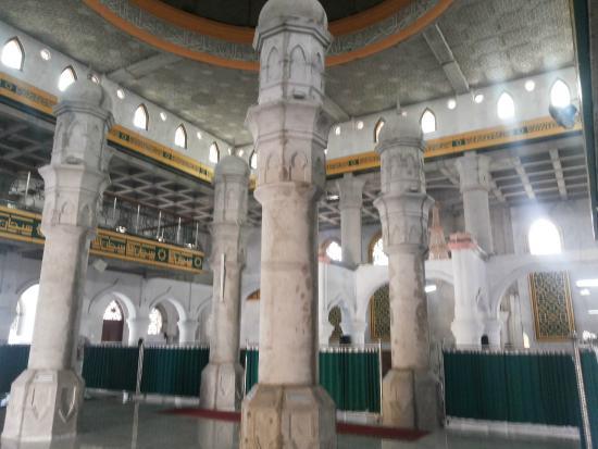 Komplek Makam Marhum Pekan Foto Masjid Raya Pekanbaru Columns Imitated