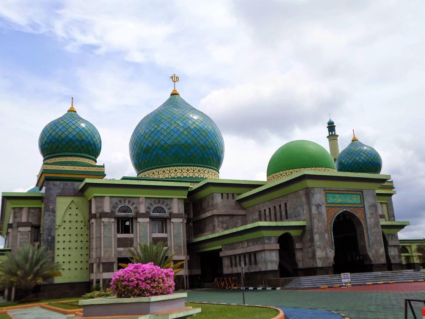 Masjid Raya Nur Pekanbaru Bina 70 Mualaf Ekonomi Pos Ekonomipos