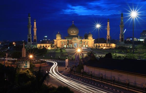 Rindu Masjid Agung Nur Riau Pekanbaru Malam Hari Foto Panoramio