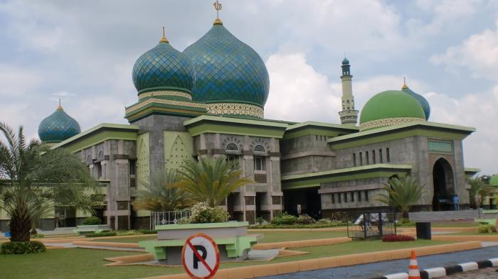 Wisata Religi Pekanbaru Masjid Agung Annur Kubahnya Didesain Raya Kota