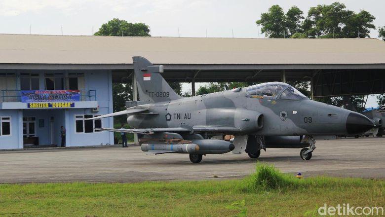 6 Pesawat Tempur Hawk Operasi Udara Aceh Monumen 4e Skyhawk