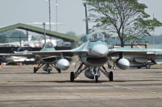 Garuda Militer Foto Barisan Pesawat Tempur Tni Au Siap Meriahkan