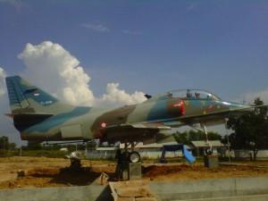 Monumen 4 Skyhawk Jadi Motivator Generasi Muda Tribun Lampung Pesawat