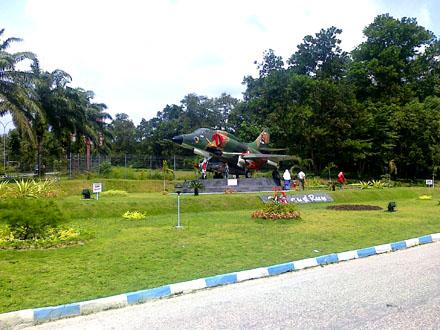 Pekanbaru Riau Capital City Sumatra Largest Economy Monumen Pesawat 4e