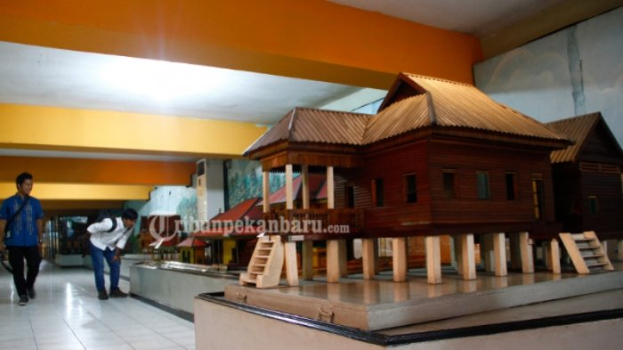 Foto Dicuri Maling 7 Benda Bersejarah Museum Nila Utama Hilang