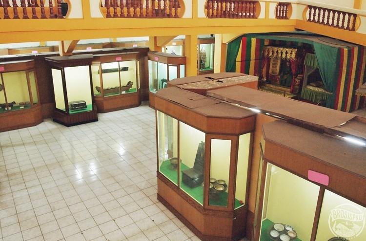 Jelajah Museum Nila Utama Brosispku Cerita Info Kuliner Brosis Memperhatikan