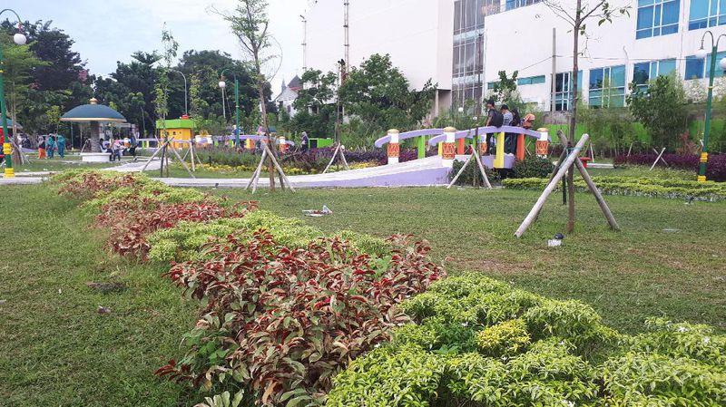Foto Inilah Rth Putri Kaca Mayang Pekanbaru Berlokasi Kawasan Jl
