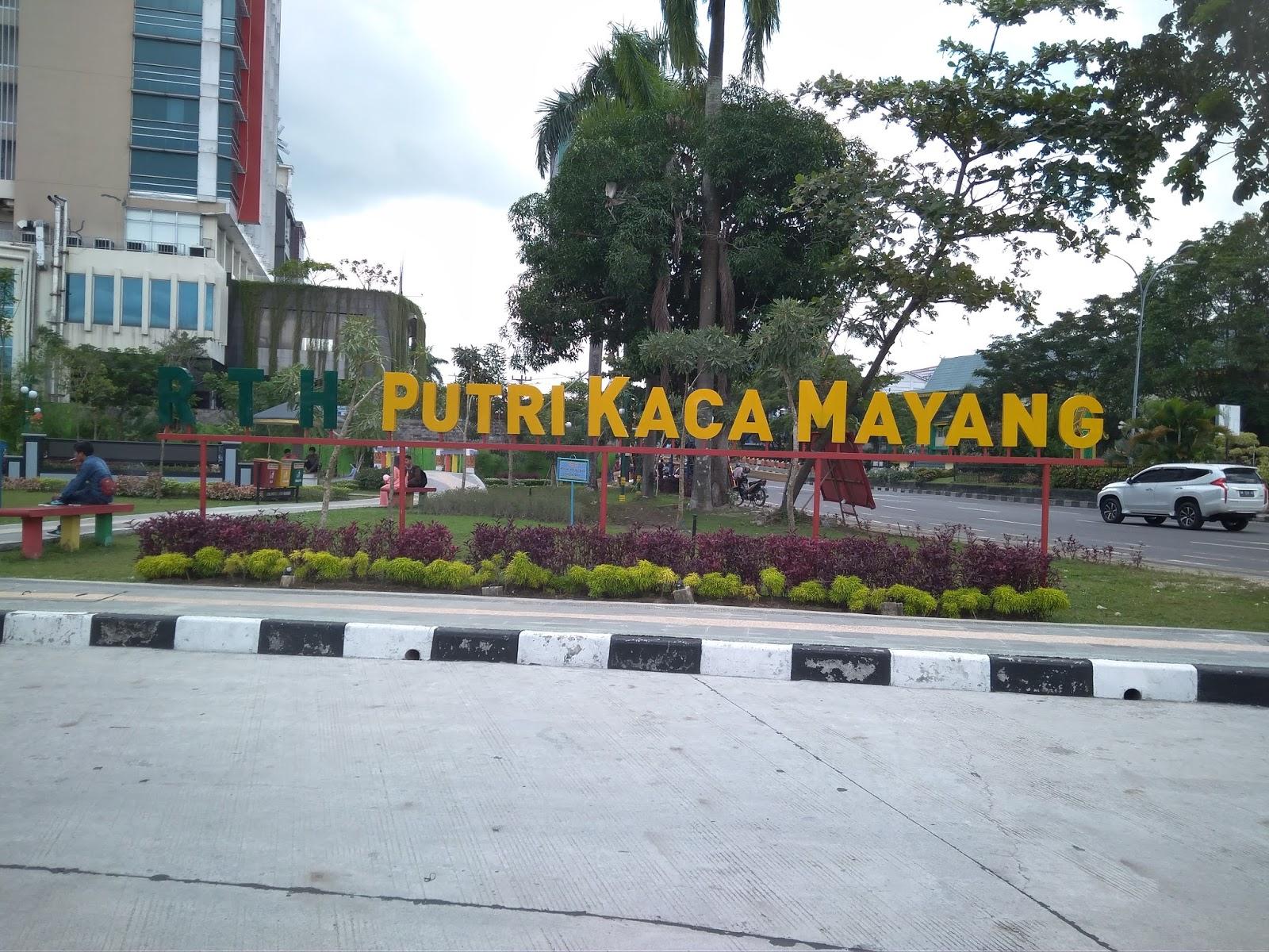Nuansa Indah Taman Rth Putri Kaca Mayang Sudirman Pekanbaru Kota