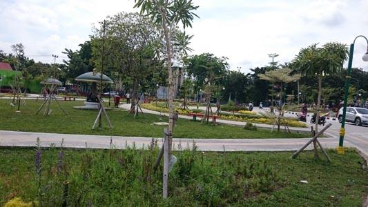 Riauterkini Rth Putri Kaca Mayang Meski Berada Tengah Kota Sepi