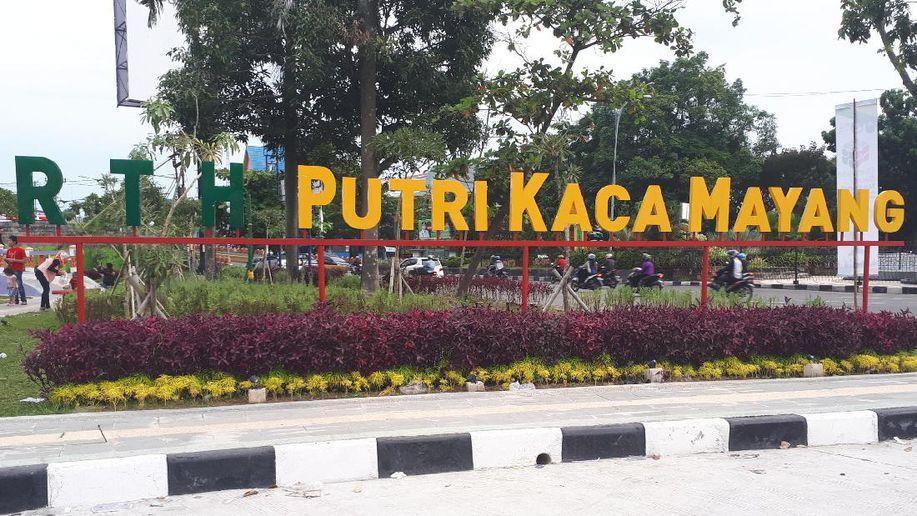 Rth Putri Kaca Mayang Pekanbaru Kabartravel Ruang Terbuka Hijau Dibuka