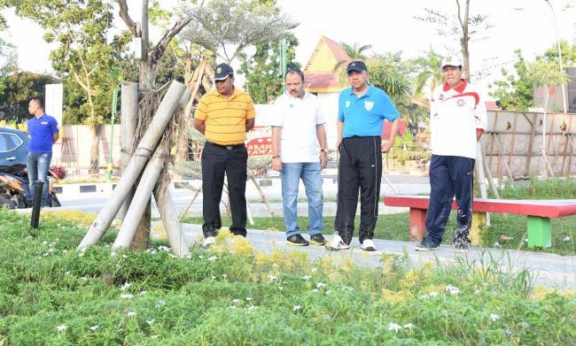 Tak Wifi Gersang Rth Kaca Mayang Sepi Putri Kota Pekanbaru