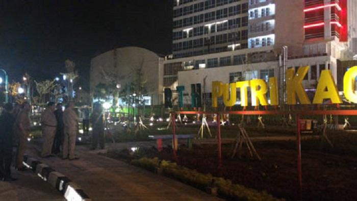 Tutup Ruang Terbuka Hijau Ahmad Yani Gubri Rth Putri Kaca