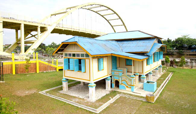 Pariwisata Sultan Syarif Kasim Ii Airport Rumah Singgah Tuan Kadi