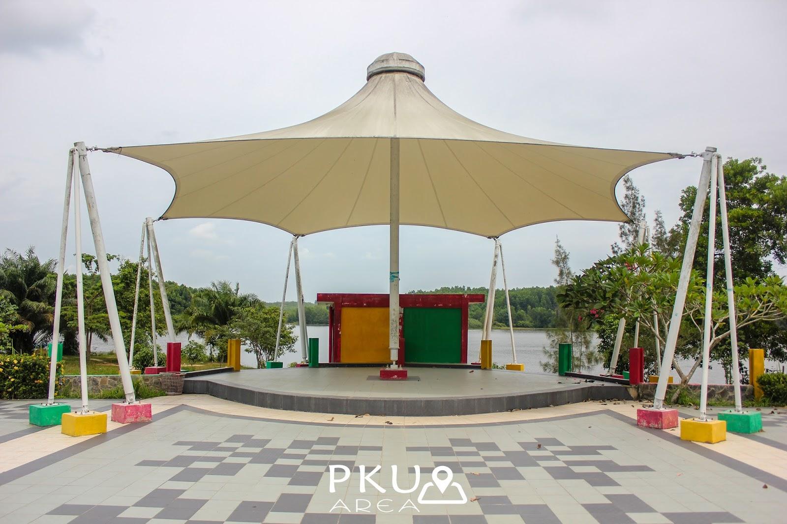 Situs Cagar Budaya Rumah Singgah Tuan Kadi Pekanbaru Area Danau