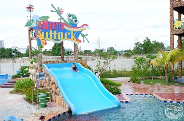 3 Waterpark Pekanbaru Tempat Rekreasi Air Seru Brosispku Cerita Gazebo