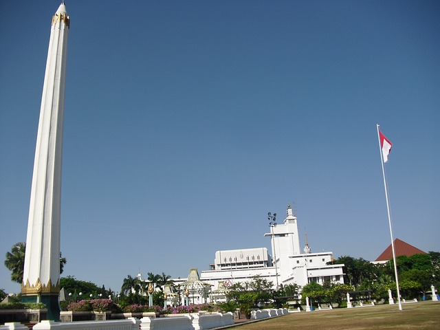 10 Gambar Tugu Pahlawan Surabaya Sejarah Monumen Revolusi Letak Eksotisme