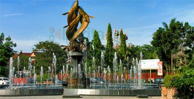 791431patung Tugu Selais Pekanbaru Riau Jpg Galeri Pahlawan Kerja Kota