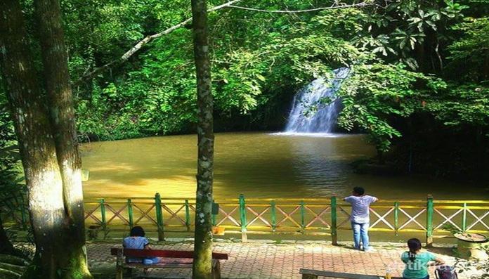 Tiket Masuk Air Terjun Tanah Merah Kota Samarinda 2019 Harga