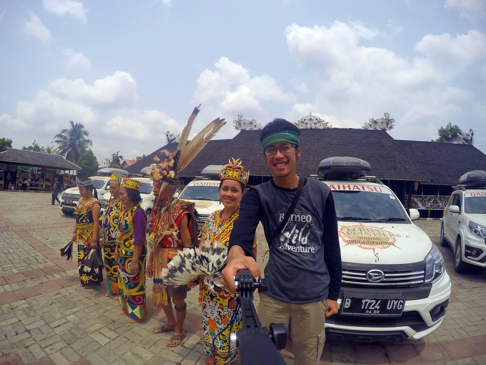 Alunan Musik Suku Dayak Kenyah Pampang Catperku Desa Budaya Kota
