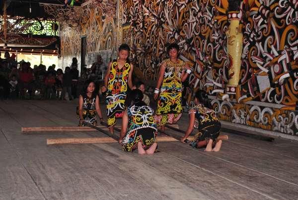 Gema Budaya Serunya Menari Bersama Suku Dayak Kenyah Kaltim Mc