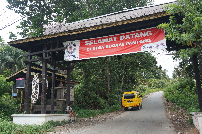 Riwisata Desa Budaya Pampang Ayo Berpa Pintu Gerbang Kota Samarinda