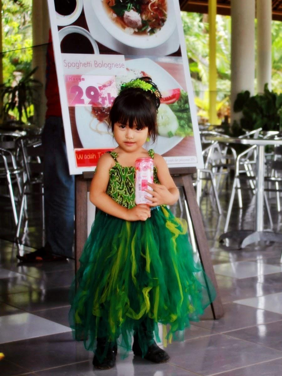 Arachely Serena Pramudya Bermain Air Jungle Water World Setelah Memarkirkan