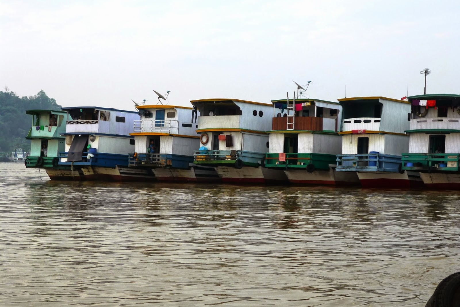 Slow Train Coming Mighty Mahakam River East Kalimantan Ferry Boats