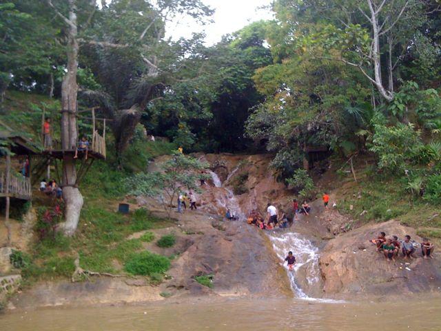 Wisata Alam Indonesia Air Terjun Letaknya Sebenarnya Tidak Terlalu Jauh