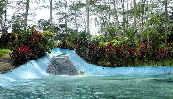 Yuk Seru Seruan Jungle Water World Samarinda Byur Balikpapan Nyero